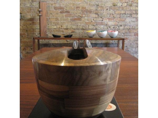 derussy walnut vase
